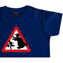 Camiseta niño Precaución Curas